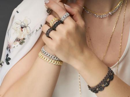 Bijuterii argint – un accesoriu demn de purtat primavara aceasta